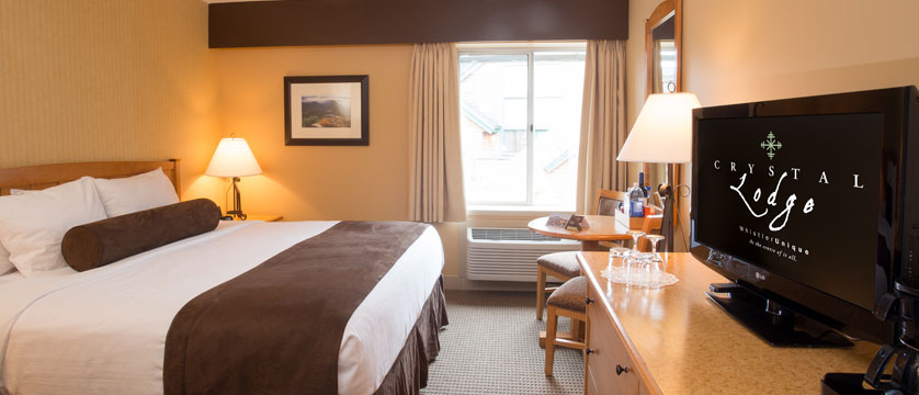 canada_whistler_crystal_lodge_Crystal_King_bedroom.jpg